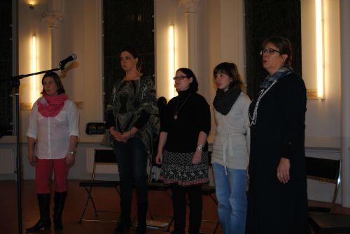 repetitie voor Kerst In Time 19 en 26 nov 2012 036