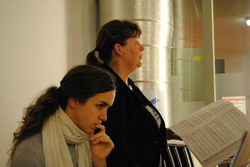 repetitie voor Kerst In Time 19 en 26 nov 2012 041