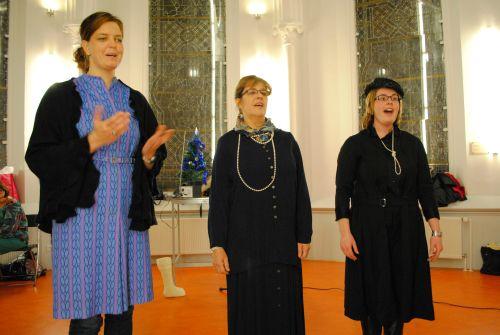 repetitie voor Kerst In Time 19 en 26 nov 2012 099
